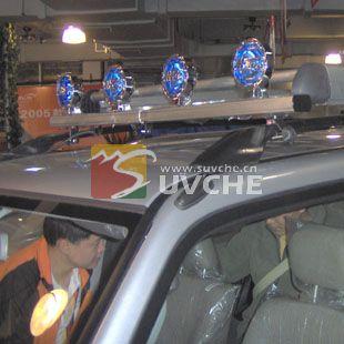 上海猎豹飞腾改装精品 猎豹飞腾车顶灯 上海汽车改装 suv改装 上海旻高清图片